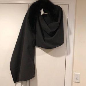 Calvin Klein gray wrap w/faux fur collar